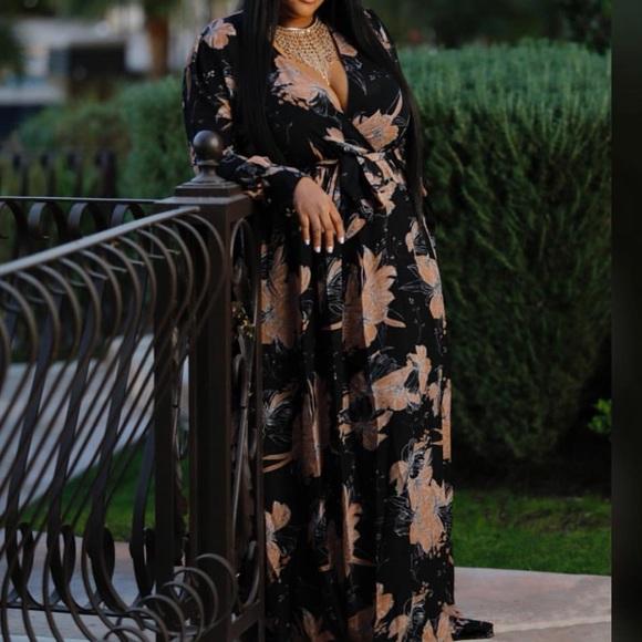 50008bab6272 Dresses   Plus Size Flowy Maxi Dress   Poshmark